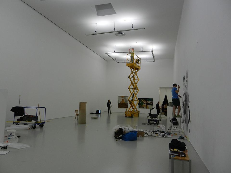 Vue de montage au Musée d'art moderne de Saint Étienne. Photo : Stéphane Jaune 2012